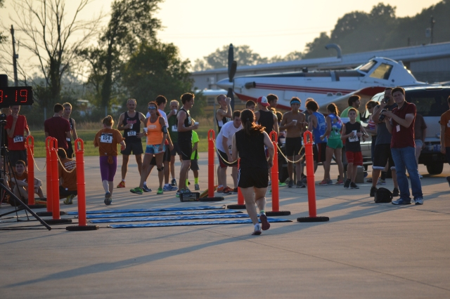 I thought I'd crossed in 8:18, but Bob's photo proved it took me a full 2 seconds to go those last two steps. Sigh.