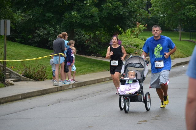 I had my own stroller duo to battle as the finish line approached.