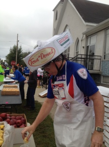 "Brent Devitt, the self-proclaimed ""Tour de Donut Man,"" got credit for 11 donuts en route to winning the ""easy chair"" division of the 16-mile race. This summer Devitt planted 49 trees on a seven-day ride from the Ohio River to Lake Eerie in his Trecycle project."